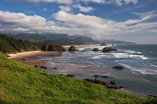 Cannon Beach and Haystack Rock from Ecola State Park. by Larry Geddis