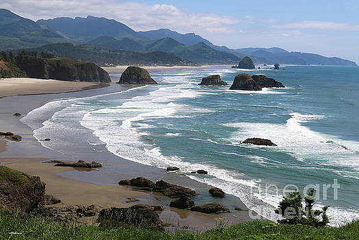 Cannon Beach Oregon by Veronica Batterson