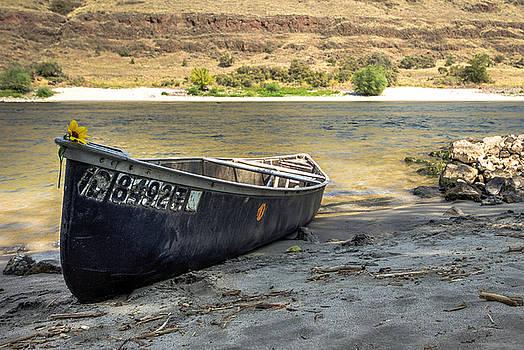 Canoe on the Beach by Brad Stinson