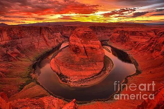 Adam Jewell - Canyon Walls On Fire