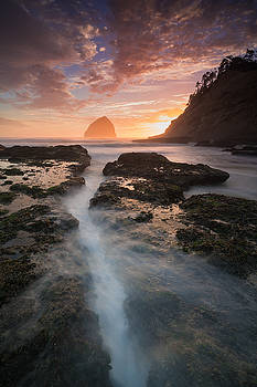 Cape Kiwanda Sunset by Brian Bonham