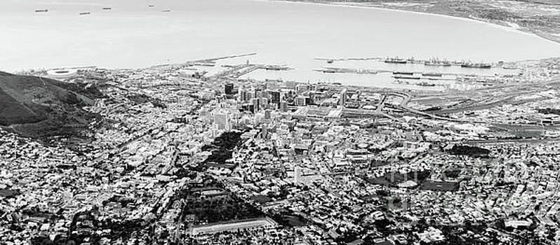 Tim Hester - Cape Town, South Africa Black And White