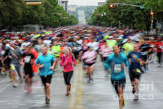 Herronstock Prints - Capitol 10K race runners compete in downtown Austin, Texas
