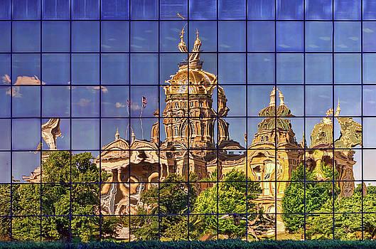 Nikolyn McDonald - Capitol Reflection - Iowa