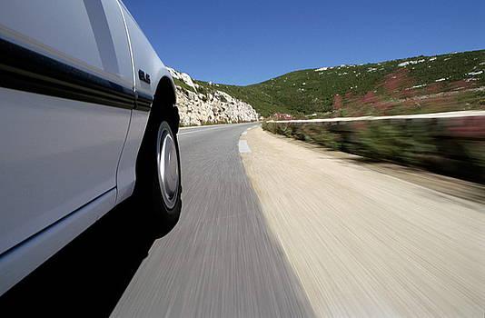 Sami Sarkis - Car on road blurred motion