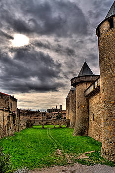 Carcassonne Castle by Gareth Davies