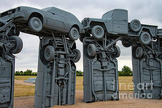 Bob Phillips - Carhenge Arches