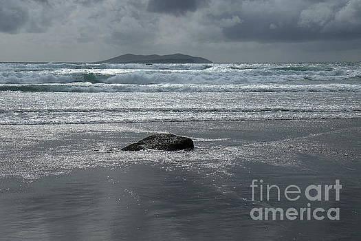 Carrowniskey beach by Peter Skelton