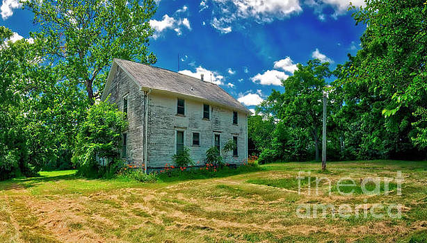 Cary and Klasen farm house Algonquin ill by Tom Jelen