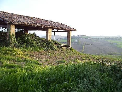 Casa su colline by Alberto V  Donati