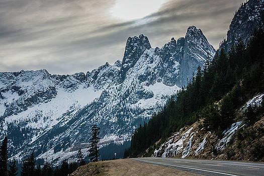 Cascade Beauty by Dave Rennie