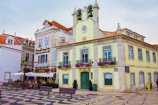 Venetia Featherstone-Witty - Cascais, Portugal