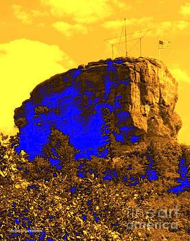 Castle Rock Brilliant by Trisha French