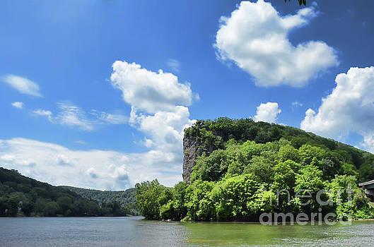 Castle Rock - Pembroke Virginia by Kerri Farley