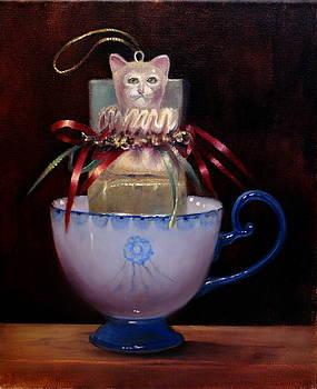 Cat in a Cup by Loretta Fasan