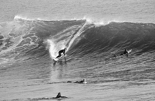 Chuck Kuhn - Catch a Wave BW