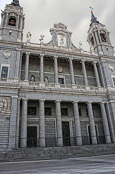 Catedral de la Almudena 2 by Angel Jesus De la Fuente