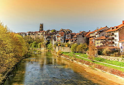 Elenarts - Elena Duvernay photo - Cathedral of St. Nicholas and Sarine river in Fribourg, Switzerland