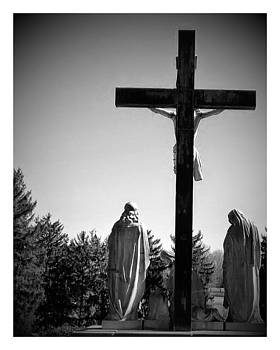 cemetery statue in Atchison by Dustin Soph