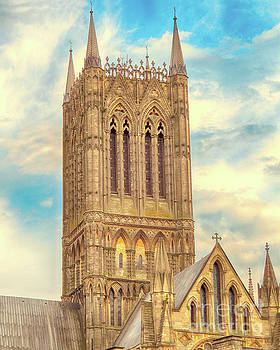 Central Tower of Lincoln Cathedral by Linsey Williams
