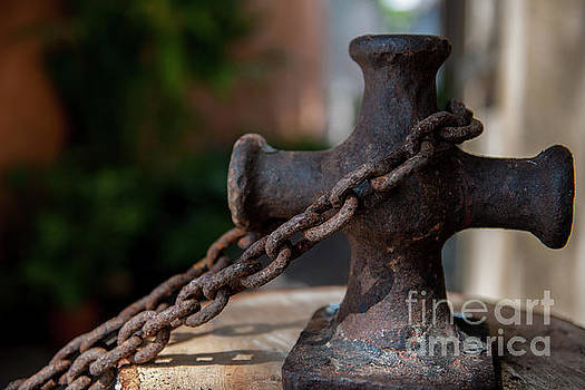 Chains around Old Rugged Cross by Dale Powell