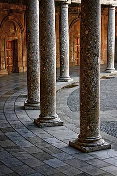 Jonathan Hansen - Charles V Palacio Columns 1