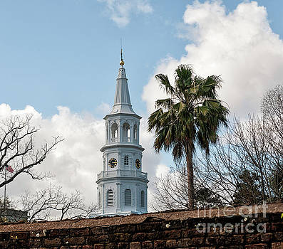 Charleston Contrast by Dale Powell