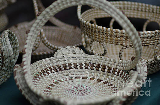 Dale Powell - Charleston Sweetgrass Baskets