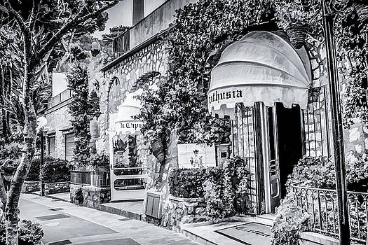 Lisa Lemmons-Powers - Charming Shop in Italy