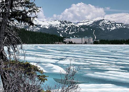 Chateau Lake Louise by Jim Hill