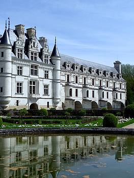 Chateau of Chenonceau by John Tschirch