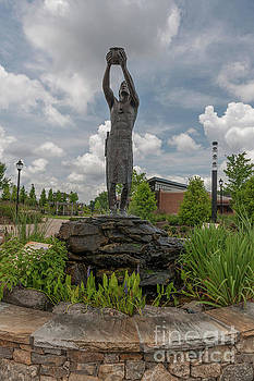 Dale Powell - Cherokee Indian Statue