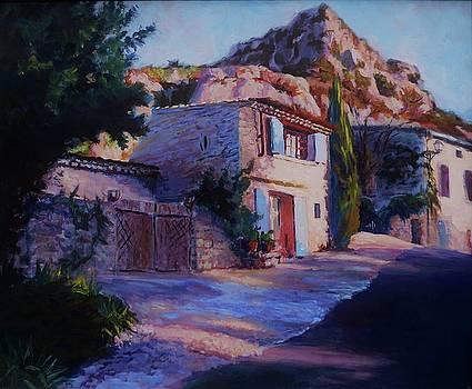 Chez Isabelle Monieux by Margaret  Plumb