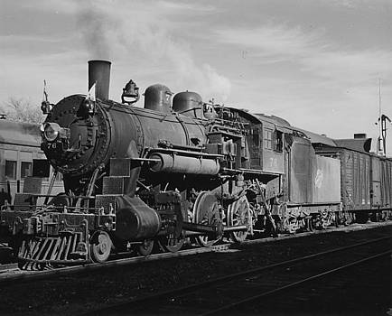Chicago and North Western Historical Society - Pulling Freight in South Dakota - 1952