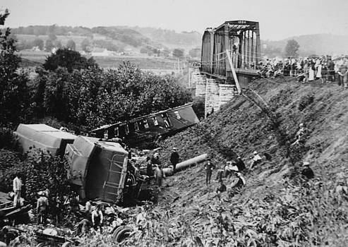 Chicago and North Western Historical Society - Chicago and North Western Steam Locomotive Derails Near Ames Station Iowa - 1897