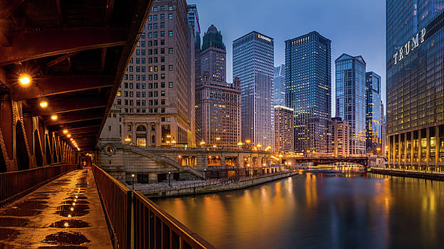 Chicago by the William P. Fahey bridge by Yves Keroack