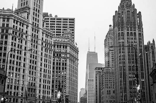 Chicago Downtown by Lamyl Hammoudi