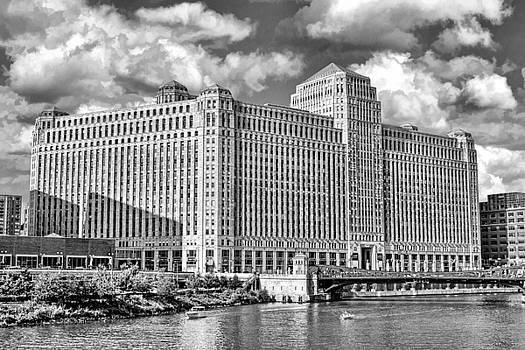 Chicago Merchandise Mart Black and White by Christopher Arndt