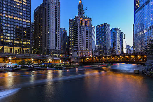 Chicago River and Michigan Ave by CJ Schmit
