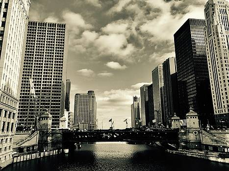 Chicago River  by Dennis  Richardson