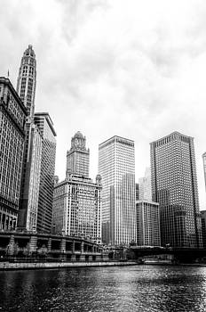 Chicago River II by Drew Castelhano