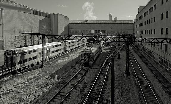 Chicago Train Station by Linda Unger