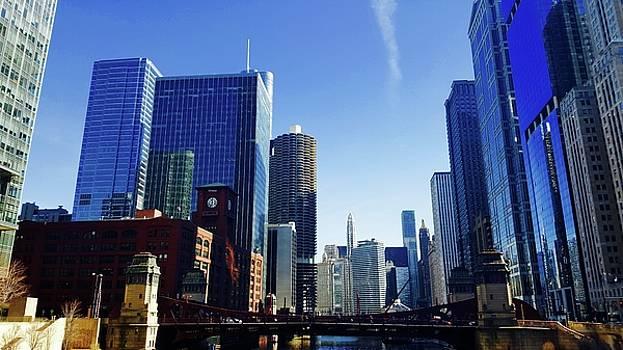 Chicago Wacker Drive by Tephra Miriam
