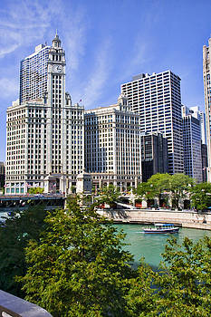 Chicago with boat by Paul Bartoszek