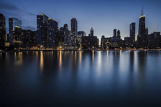 Chicago's Big John and skyline at dusk by Sven Brogren