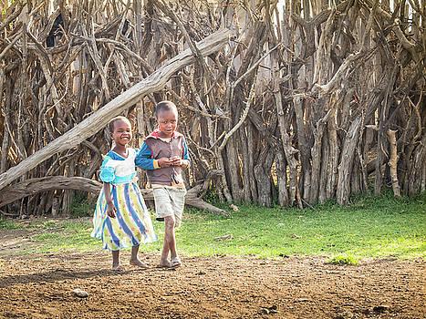 Children Of Masa Mara Village by Robin Zygelman