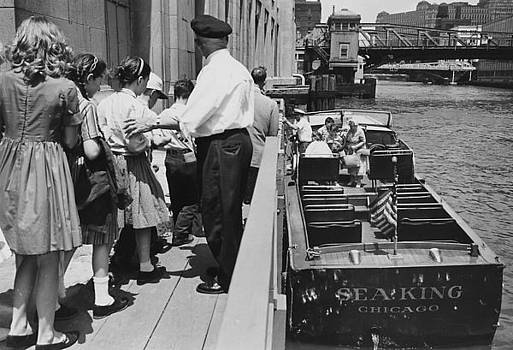 Chicago and North Western Historical Society - Children on Line for Chicago Boat Tour - 1962