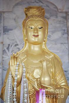 Sophie McAulay - Chinese deity statue