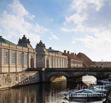 Sophie McAulay - Christiansborg canal bridge