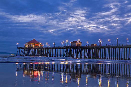 Christmas at the Huntington Beach Pier by Susan Gary